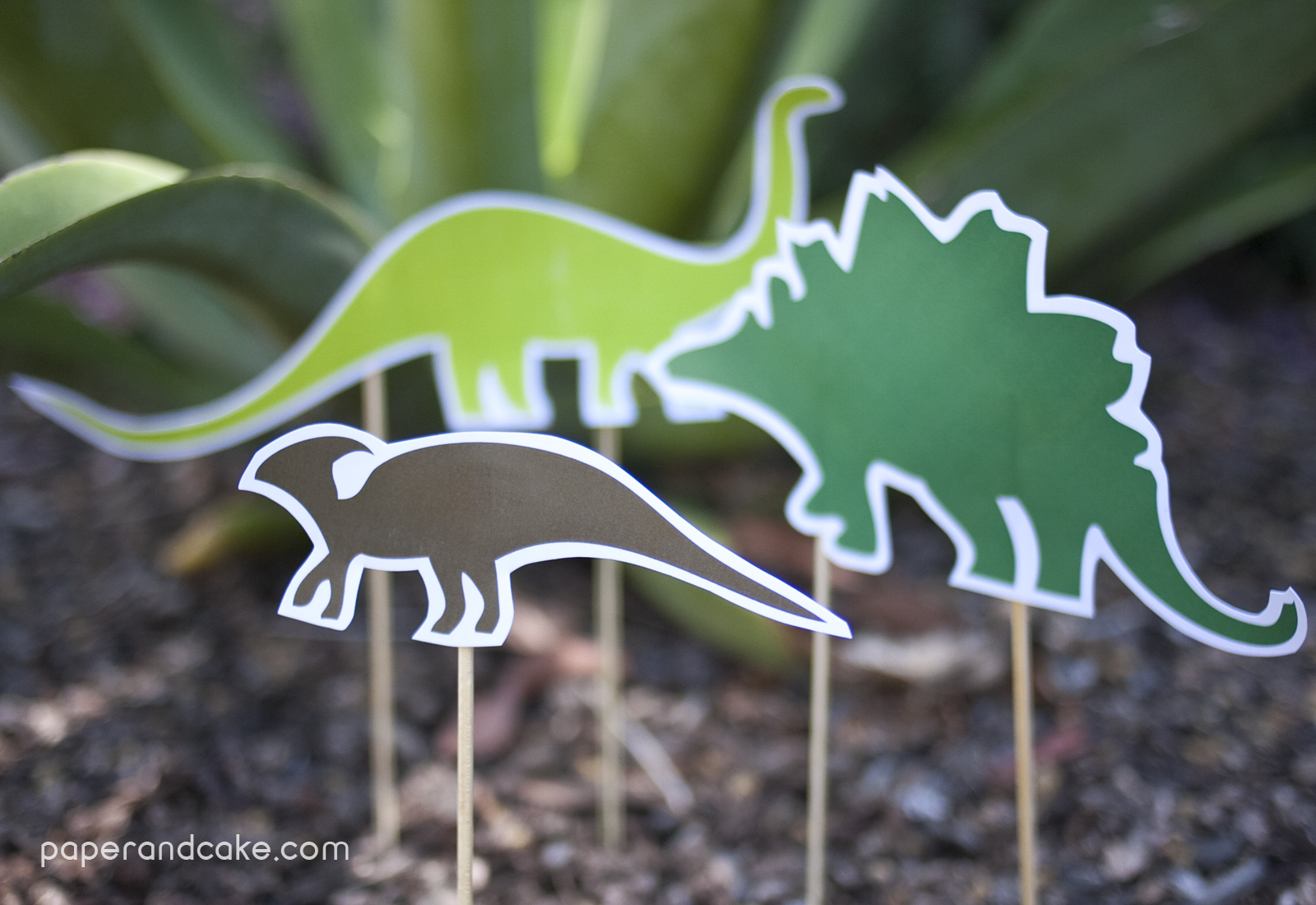 Dinosaur Dig Printable Birthday Party Paper And Cake