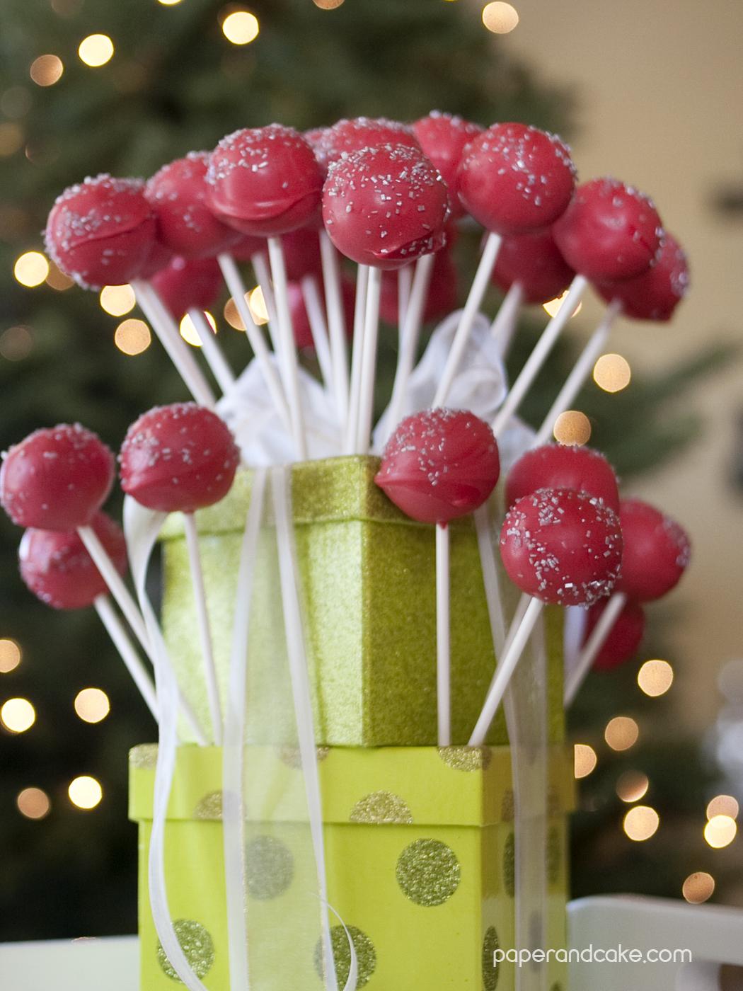 Displaying Christmas Cake Pops